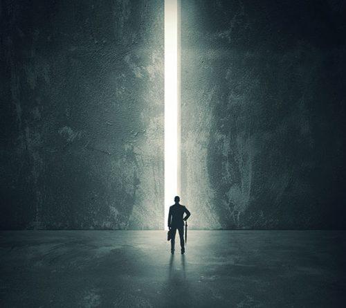 در شکاف نور